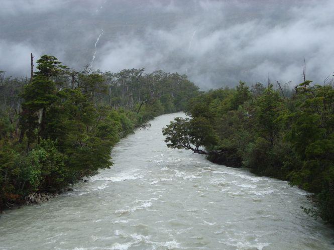 1280px-Rain-Swollen_River_(3260757220)